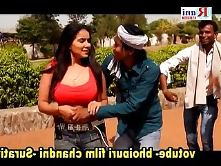 Big Tits Boobs Bus Busty Dancing Indian MILF Striptease