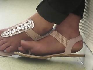 Feet Foot Fetish Indian Juicy Public